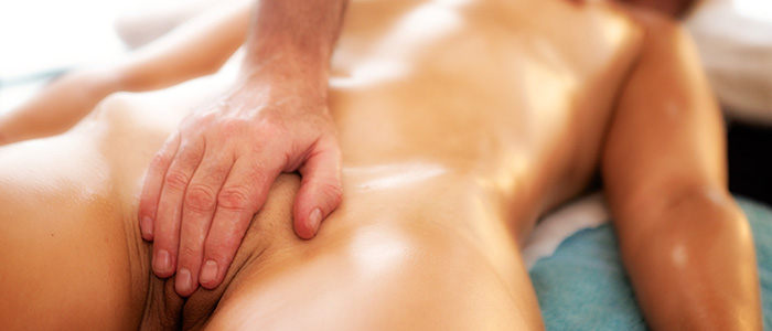 erotic massage a Giving